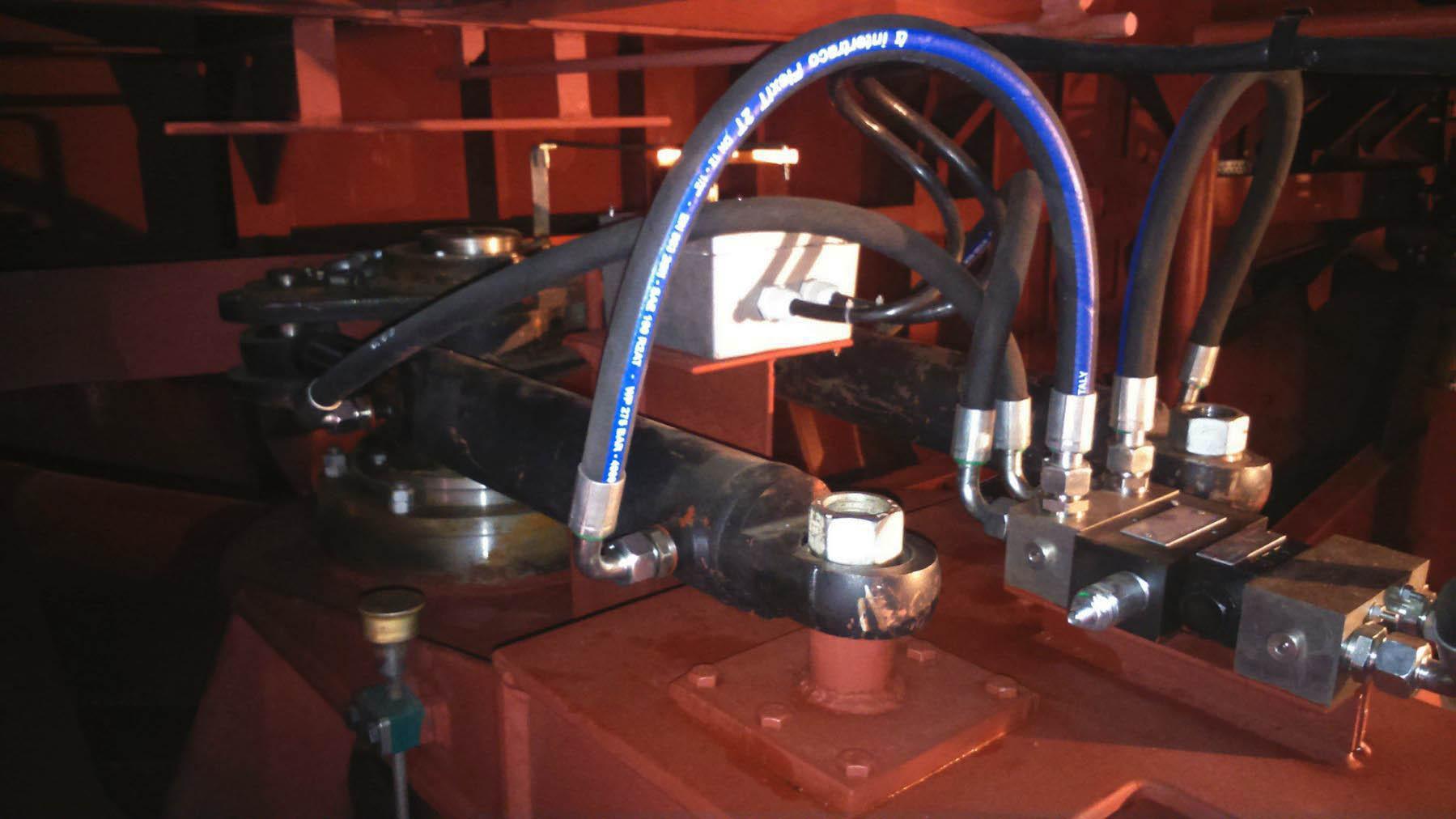 Ручная гидравлическая рулевая машина